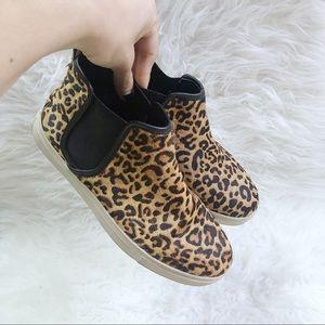 e47df3c54e96 Steve Madden leopard print hightop slip on sneaker
